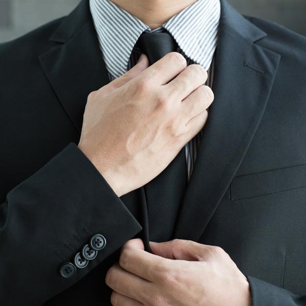 登録会員は入会時に「独身証明書」を提出して身元保証を行っています。